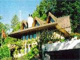 Belle villa de 5½ pièces, + poss. appartement de 2 pièces, ,3 salles de bain.,Garage double + parkings pour 10 voitures.,Vue magnifique et imprenab...